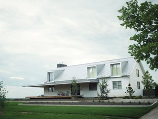 A Modern Farmhouse Recalls Old-Time Americana - Photo 8 of 10 -