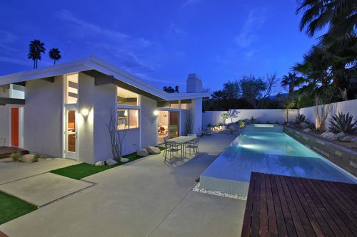 No home in Palm Springs is complete without a swimming pool. This is Lockyer's Cahuilla Road residence from 2009.