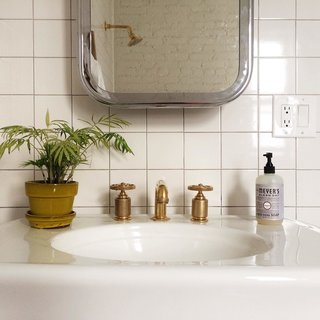 Photo of the Week: Brass Bathroom Hardware by Roman & Williams - Photo 1 of 1 -