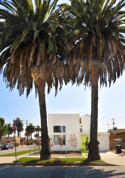 Lehrer Architects developed three affordable housing prototypes for challenging infill lots in South Los Angeles. The project was completed in conjunction with Restore Neighborhoods L.A.