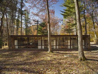 Beloved Midcentury Houses Examined After Decades of Wear and Tear - Photo 2 of 6 -