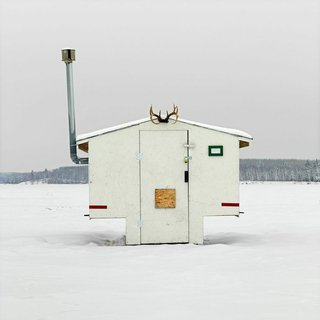 Architecture Off the Grid: Quirky Ice Huts Dot Canada's Frozen Lakes - Photo 4 of 14 -