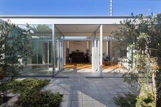 A Green House in Japan Sets the Stage for Family Time - Photo 6 of 7 -
