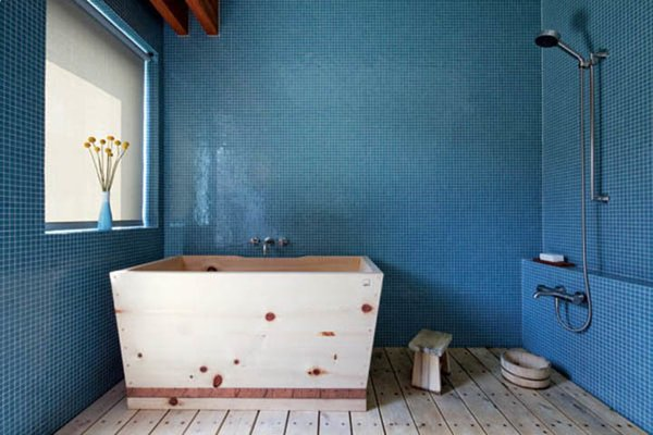 Dwell japanese soaking tubs for Sit down shower tub