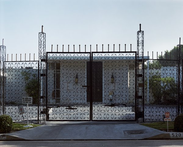 House #3 (Beverly Hills), 1995, from Houses. Courtesy Regen Projects, Los Angeles © Catherine Opie