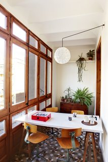 Historic Details and Playful Modernism Meet in this Stunning Barcelona Flat - Photo 5 of 8 -