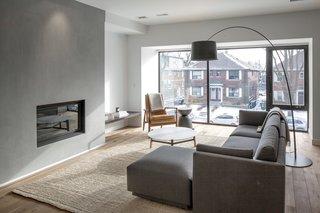 A Spacious Toronto Triplex Responds to Rising Urban Density - Photo 3 of 9 -