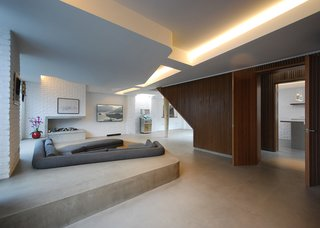 10 Modern Homes in London - Photo 8 of 10 - Patalab Architecture transformed a 60-year-old industrial compound in Primrose Hill into a spacious, contemporary residence.
