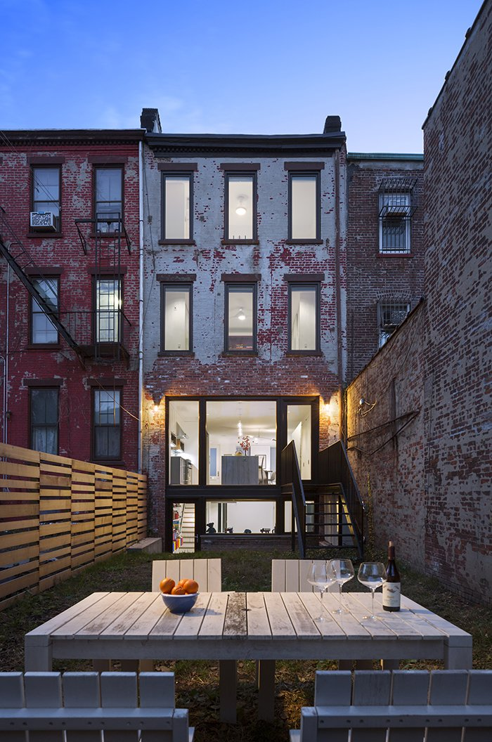 tiny new york city backyards by allie weiss from get an advance look at the amazing residences. Black Bedroom Furniture Sets. Home Design Ideas