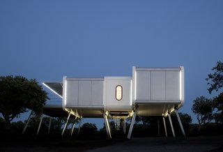 This Futuristic Prefab in Spain Has All the High-Tech Gizmos of a Spaceship - Photo 1 of 9 -