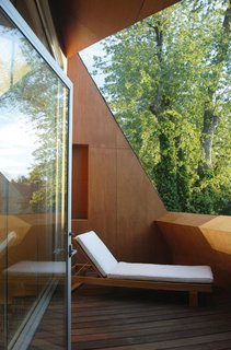 Birdhouse Residence by Adam Sokol - Photo 3 of 5 -