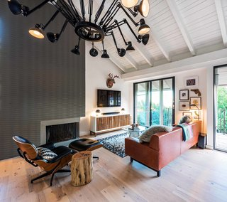 Playful Materials Refresh a Dated Hollywood Home - Photo 2 of 6 -