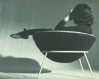 Transformers of the Modern House: Albert Frey and Lina Bo Bardi at the Palm Springs Art Museum - Photo 8 of 10 - Bo Bardi reclines in her famous Bowl Chair.