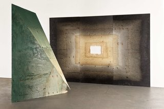 Raffles Paris: A True Art Hotel - Photo 4 of 10 - YIA artist Michael DeLucia's abstract sculpture.