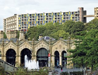 Historic Housing Complex Transformation in England - Photo 2 of 2 - Park Hill is only a five-minute walk from the city, separated from it by train tracks. Photo by: Keith Collie