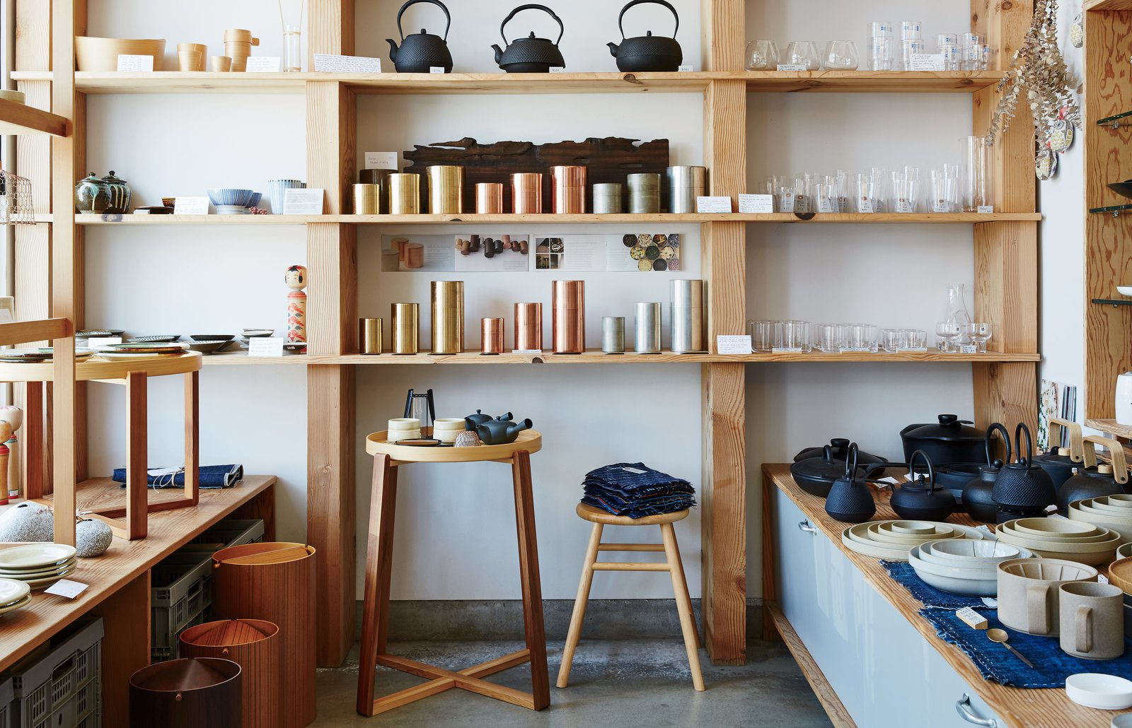 Keiko and Taku Shinomoto have two simple rules for their store: that the items come from Japan and that they have been well made by artisans. Just off busy Abbot Kinney Boulevard in Venice, California, the shop carries homewares such as Kaikado metal tea canisters. A Cute Mom-and-Pop Shop in L.A. Showcases the Latest Japanese Design - Photo 1 of 6