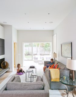 An Impressive 20-Foot Skylight Transforms a Jumbled Chicago Home - Photo 7 of 13 -