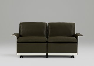 Vitsœ Brings Back Dieter Rams 620 Chair Program - Photo 3 of 4 -