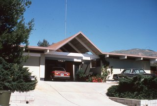 Never-Before-Seen Images of Iconic Midcentury Modern Eichler Homes - Photo 5 of 6 -