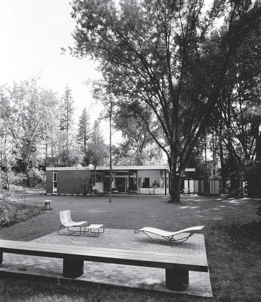 A 1950s Mid-Century Home Joins The Spokane