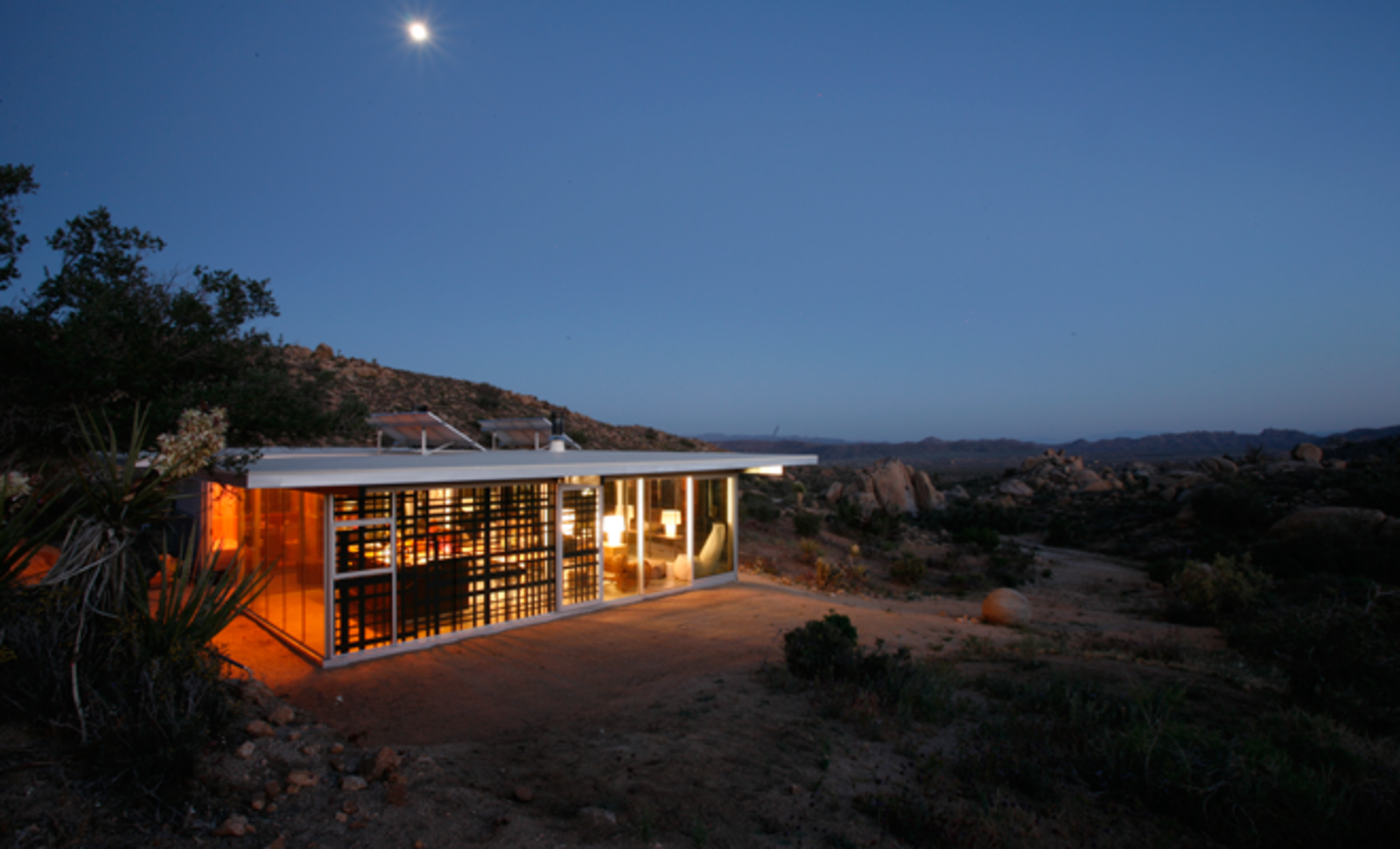 Off-grid House, California; Vacation rental care of Airbnb.