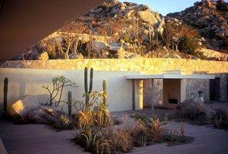 """Born to Rewild"" with Landscape Designer Margie Ruddick - Photo 5 of 5 - Casa Cabo, Cabo San Lucas, Mexico, 2002. Landscape design: Margie Ruddick. Architecture: Steven Harris Architects. Interior design: Lucien Rees Roberts. Photo: Scott Frances"
