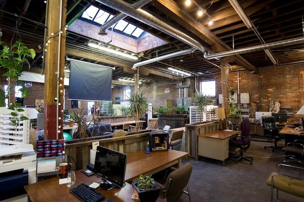 13 Inspiring Coworking Spaces - Photo 3 of 13 -