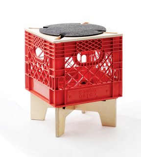 Combo ColabXtool seating is a collection of portable, modular stools crowned with standard plastic crates.