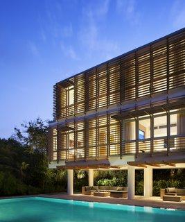 5 Energy-Efficient and Stylish Ways to Shade Your Windows - Photo 2 of 16 -