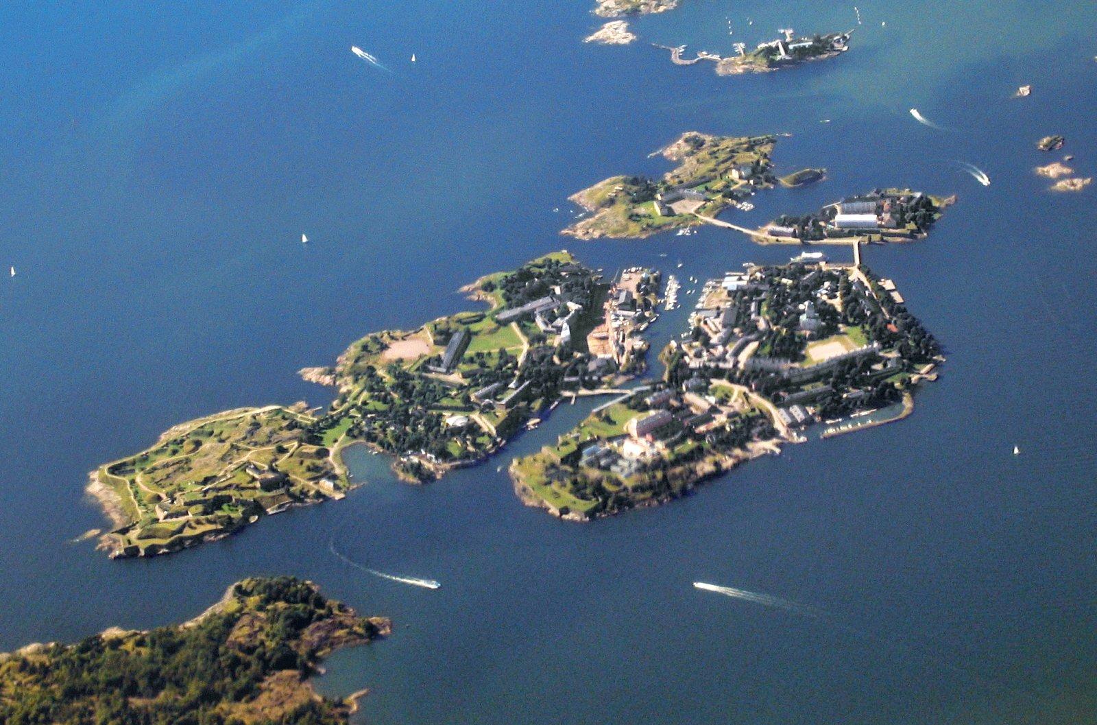 An aerial shot off the coast of Helsinki.  Photo by: Kati Rapia  Modern Artist's Fortress Studio in Helsinki by Amanda Dameron