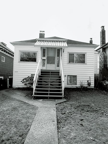 The 1,300-square-foot 1940s bungalow had little character before the renovation.