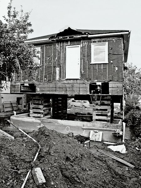 The house under construction.