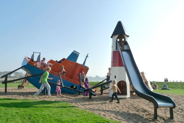 The Cargoship playground in Höganäs, Sweden, was developed in collaboration with the municipality as part of a general renovation of the area. It's theme, with a sunken ship, lighthouse and fish, is designed to fit into the maritime environment.