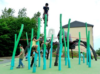 Imaginative Playgrounds by Monstrum - Photo 7 of 8 -