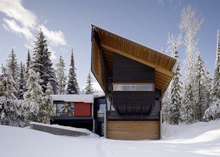Modern Weekend Ski Home - Photo 2 of 3 -