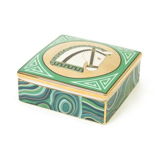 The Luxembourg Horse Trinket Box incorporates Chinoise designs and malachite stone patterns to create an eye-catching home for jewelry.