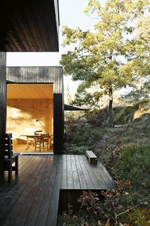 Top 5 Homes of the Week That Connect With Mother Nature - Photo 3 of 5 -