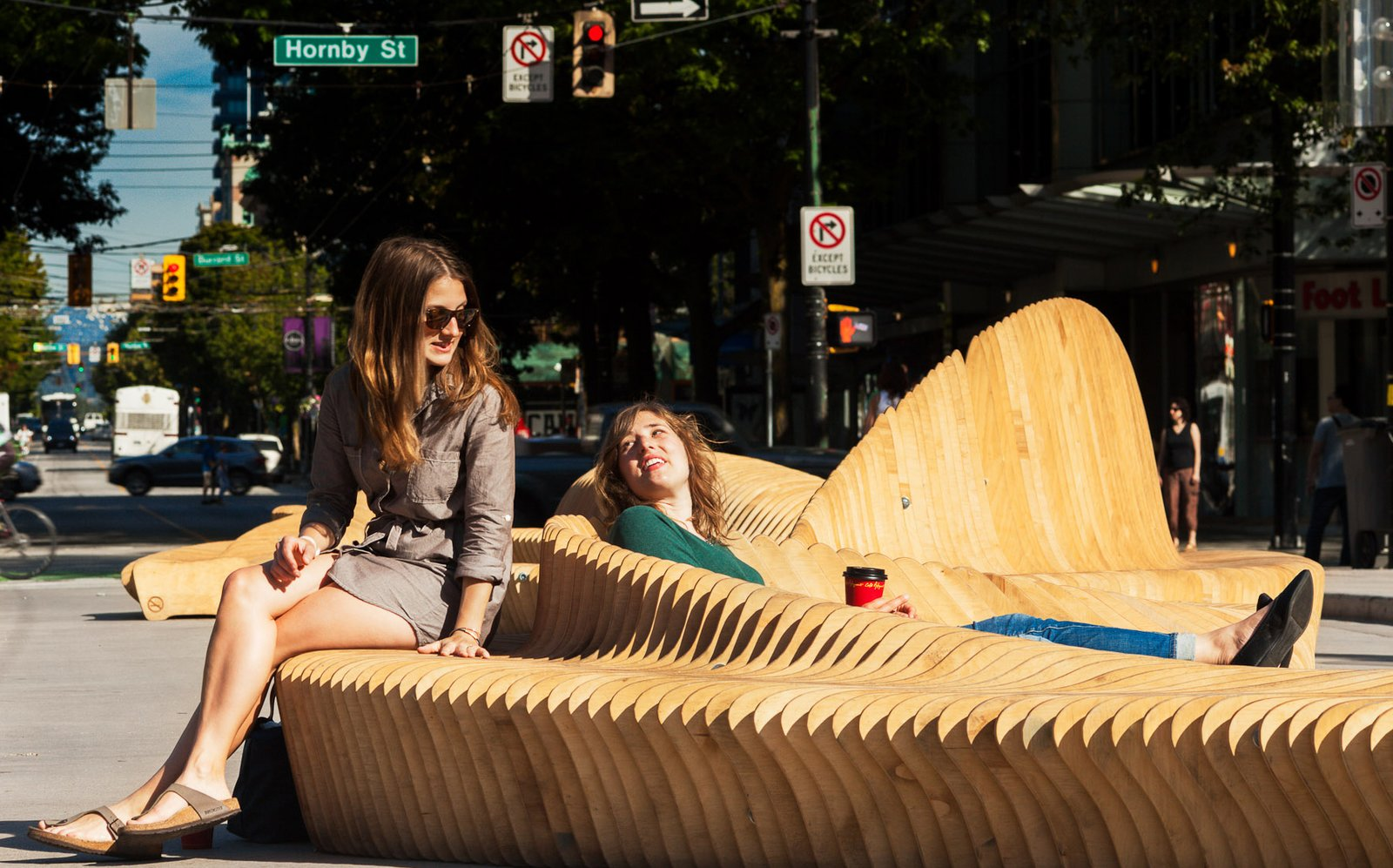 Kaz Bremner, Jeremiah Deutscher, Michael Siy, and Kenneth Navarra, a local team of architects, designers, and carpenters, created Urban Reef, which was selected as the winning design from among 78 entries.  100+ Best Modern Seating Designs by Dwell from Cool Public Benches in Vancouver