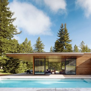 Guide to 7 Main Types of Roofs and What You Need to Know About Them - Photo 14 of 15 - Architects and twin sisters Leslie and Julie Dowling designed this single-story, flat-roofed home so that the slim profile of the roof would cantilever over an outdoor patio, providing shape.