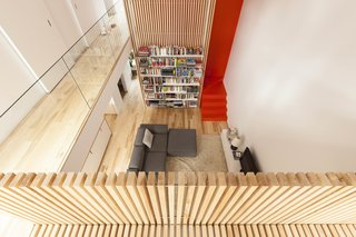 A Transformative Duplex Renovation in Montreal - Photo 9 of 15 -