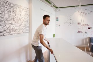 This Tiny Warsaw Studio Instantly Changes from Office to Playroom - Photo 10 of 13 -