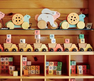 In Minnesota, a Family Business Thrives Making Homespun Toys by Hand - Photo 5 of 7 -