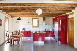 How the Colors in Your Kitchen Affect Your Appetite