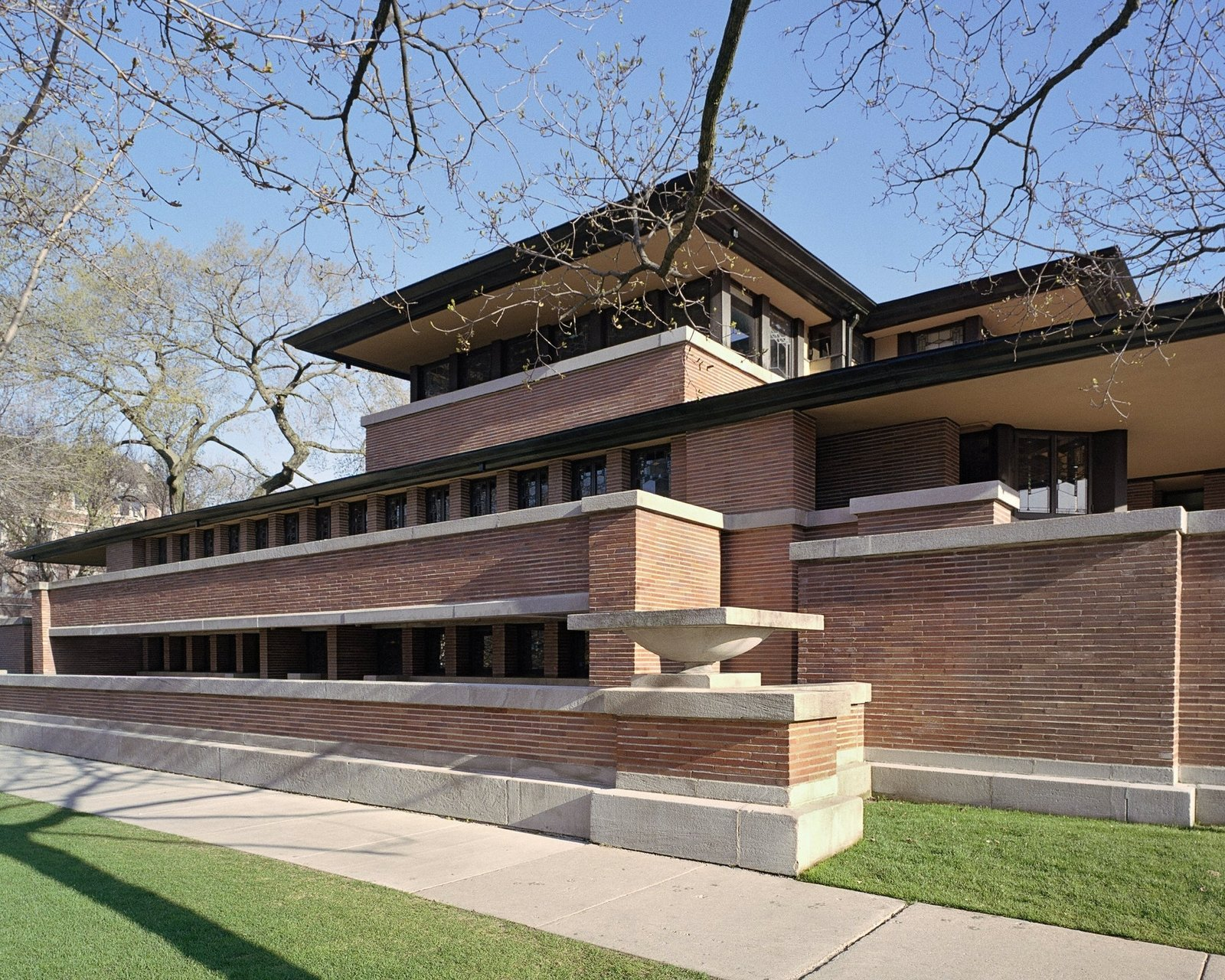 The Frederick C. Robie house, south elevation, Chicago, Illinois, by Frank Lloyd Wright. 10 Frank Lloyd Wright Buildings We Love - Photo 8 of 10