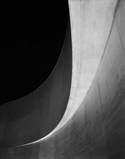 A New Los Angeles Exhibition Celebrates the Architectural Photography of Hélène Binet - Photo 7 of 8 -