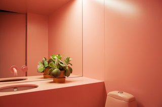 The Moscow Minimalists - Photo 4 of 6 - The bathroom of the beauty parlor by Crosby Studios.
