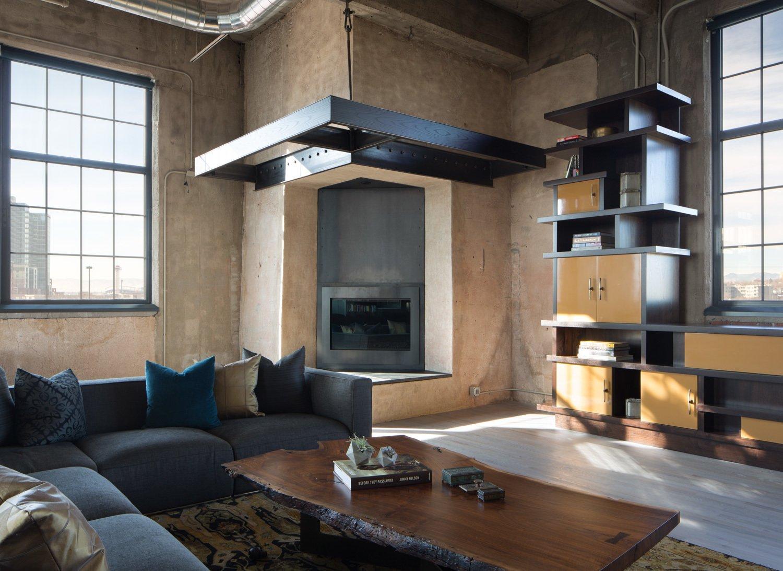 #fireplace #fire #livingroom #lounge #indoor #interior #modern #modernarchitecture #lounge #industrial #Denver #Colorado #RobbStudio #StidioGild   Photo by David Lauer