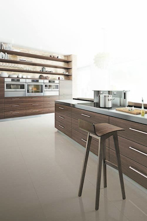 For modern chefs on-the-go, Bosch appliances are expedient and efficient. The speed convection microwave marries the power of a convection oven with the convenience of a microwave, and the European-style steam convection oven cooks and reheats food in a way that retains its texture, taste, freshness, and nutrients. Their wall ovens have the option of a SideOpening door, a feature that provides better access to the oven cavity.
