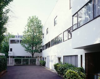 UNESCO Adds 17 Le Corbusier Buildings to Its Storied Ranks - Photo 5 of 8 - Originally designed for the lawyer and art collector Raoul La Roche in Paris, Maison La Roche is now home to the Foundation Le Corbusier.