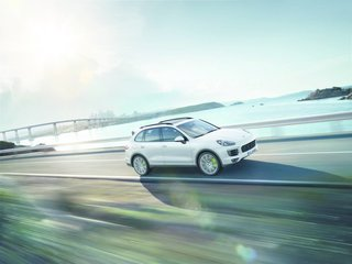 New Porsche Cayenne Editions Promise Greater Efficiency Without Compromising Performance - Photo 4 of 7 - The Cayenne's primary design lines now run outward, rather than toward the middle. The result is a vehicle with a more robust road presence. Of course, most of the Cayenne's performance evolutions are under the hood. Upgraded and optimized, the new Cayenne engine was developed to spare drivers' wallets at the pump.